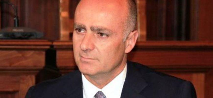 AVEZZANO-DE ANGELIS SERRA LE FILA DELLA MAGGIORANZA