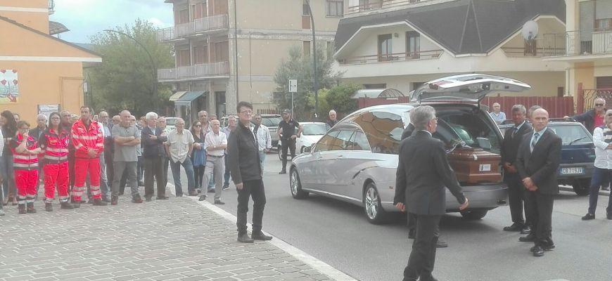 OGGI I FUNERALI DELL'ELETTRICISTA MORTO SUL LAVORO