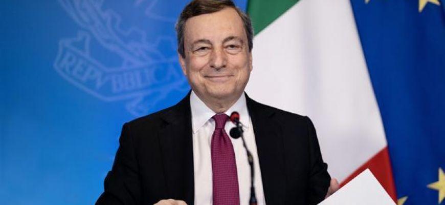 Il Premier Draghi e il Ministro Carfagna il 28 settembre a L'Aquila.