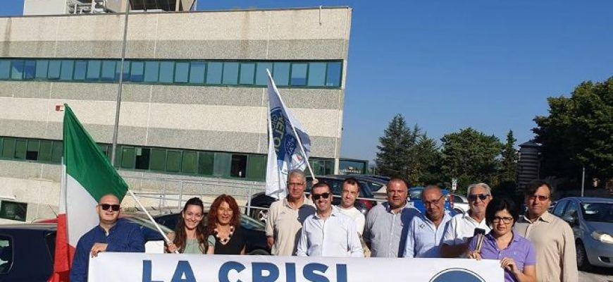 FRATELLI D'ITALIA SCENDE IN PIAZZA CONTRO LA CRISI