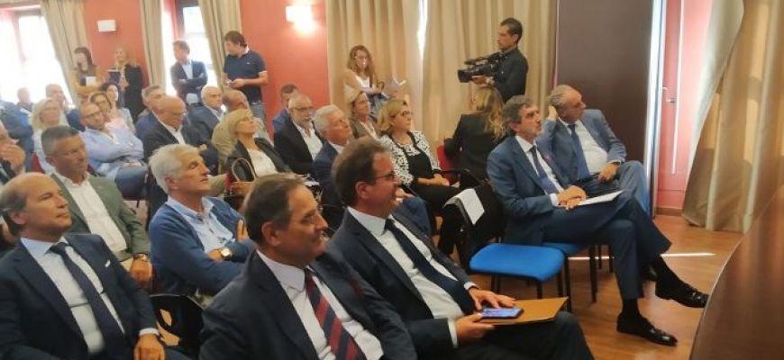 MARSILIO E FEBBO INCONTRANO IMPRENDITORI E SINDACATI