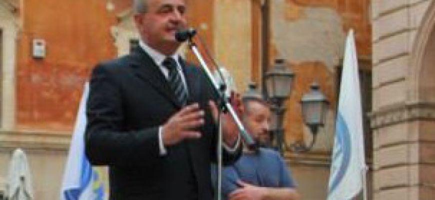 Sindaco Angelosante all'opposizione: «Siete saccenti»