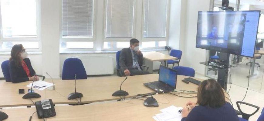 RIUNIONE IN VIDEOCONFERENZA PER ATTIVITA' SCOLASTICHE