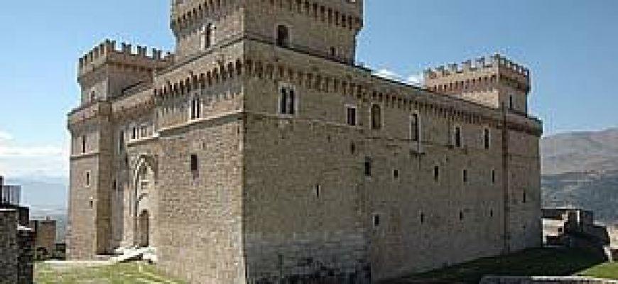 Castelvecchio Subequo si accende con il concerto della corale Corsi