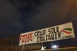 FDI L'AQUILA ESPONE STRISCIONE PER IL GIORNO DELLE FOIBE