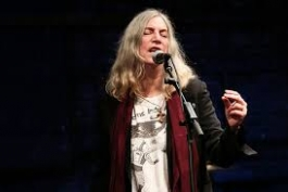 TUTTO PRONTO PER IL CONCERTO DI NATALE CON PATTI SMITH