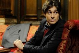 L'avezzanese Lino Guanciale trionfa su Rai 1: lui? Un capo perfetto!