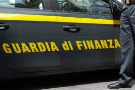 INDEBITA PERCEZIONE: GDF SEQUESTRA 2,5 MLN DI EURO