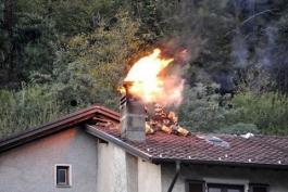 Altro incendio a Massa D'Albe, ma questa volta non si tratta di una vettura