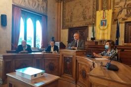 """Comune di Avezzano e Fondazione Carispaq """"sanificano"""" le scuole"""