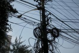 Cavo elettrico pericolante su via Pescara: intervengono i pompieri di Avezzano