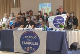 IL POPOLO DELLA FAMIGLIA IN AIUTO DELLE PERSONE